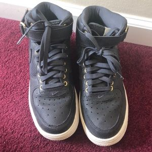 Nike Air Force 1 High Tops - Gray
